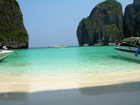 Thailand Beaches: Koh Phi Phi Lei Islands - Maya Bay, Ktabi