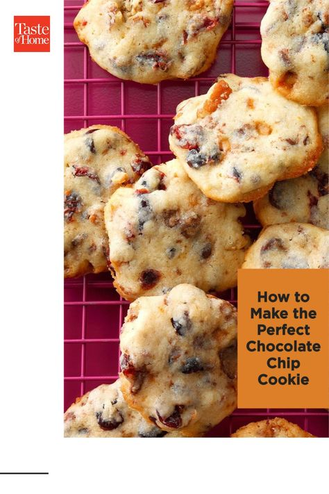 Love cakey cookies? Or crispy ones? How about chewy? We show you how to make the perfect chocolate chip cookies according to your taste.