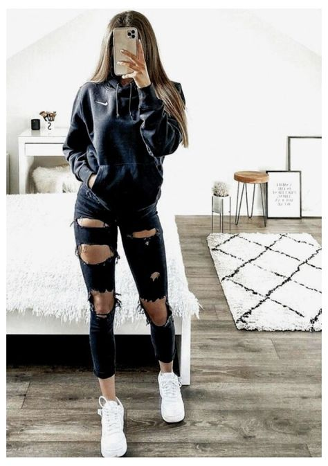 outfits with black jeans for teens casual