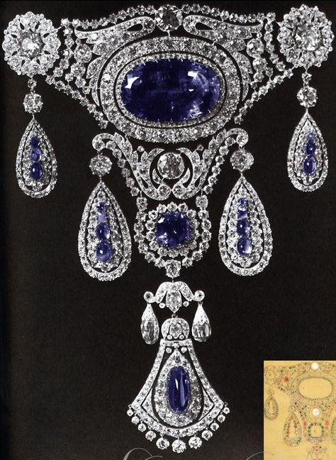 The Sapphires Agraffe of Grand Duchess Marie Pavlovna, 1910    955 Diamanten von zus 139 ct 2 Briolette Diamanten von 18 ct 4 Brillanten 23,5ct 234 Diamantrosen 1 Saphir von 162 ct im Zentrum 78 Saphire von 112 ct verwendet, eine unglaubliche Pracht!