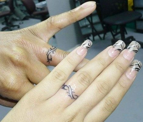 9 Wedding Ring Tattoos Ideas And Designs For Male And Female Ring Tattoo Designs Wedding Finger Tattoos Ring Finger Tattoos