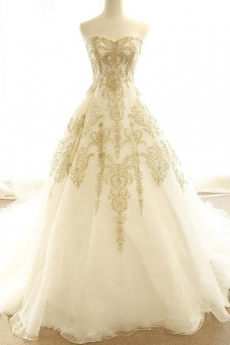 Chic Wedding Dresses Ivory Gold Appliques Bridal Dresses Sweep Train Bridal Gown Sweetheart Tulle Wedding Gowns Sleeveless Ball Gown Wedding Dress Wedding Dress Ivory Wedding Dress Prom Dresses Lace Champagne Prom Dress