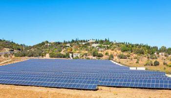 Portugal Marca Nuevo Record Con El Precio Mas Bajo Para La Energia Solar Fotovoltaica Paneles Solares Energia Solar Calentador Solar