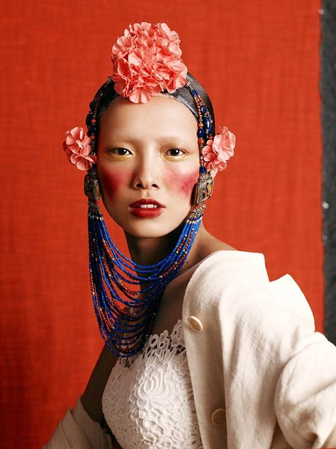 Grace Gao by Kiki Xue for Vogue Sposa June Fashion editor: Rossana Passalacqua Hair stylist: Paweł Solis Makeup artist: Fir Wang Manicurist: Chloe Desmarchelier