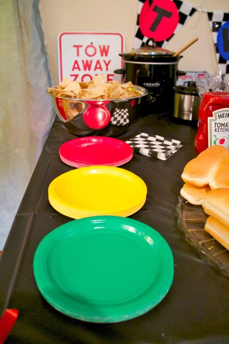 ideas for cars birthday party food pinewood derby 3 Year Old Birthday Party Boy, 2nd Birthday Party Themes, Race Car Birthday, Race Car Party, Cars Birthday Parties, Birthday Party Decorations, Birthday Ideas, 3rd Birthday, Race Cars
