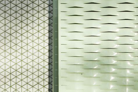Gallery of Baladrar House / Langarita Navarro Arquitectos - 18