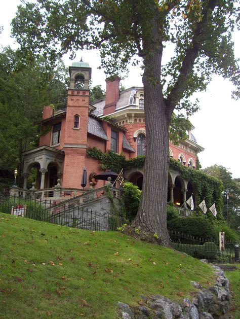 Harry Packer Mansion- Jim Thorpe
