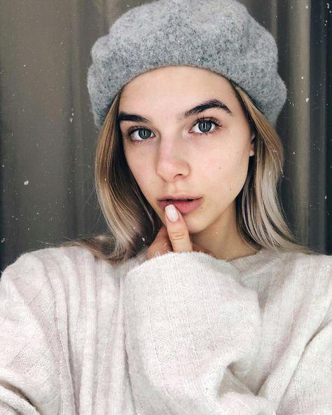 """Gefällt 129 Mal, 8 Kommentare - CHANTAL WENDT (@chaxntal) auf Instagram: """"Definitiv verrückt nach #Baretts und #nomakeup • • • #fashion #Barett #beret #h&m #germany #blonde…"""""""