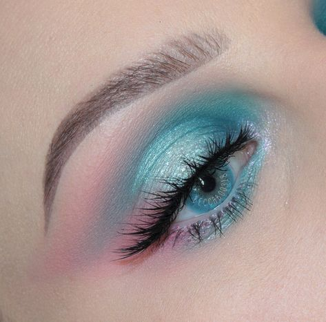 Edgy Makeup, Makeup Eye Looks, Cute Makeup Looks, Eye Makeup Art, Fairy Makeup, Blue Makeup, Pretty Makeup, Skin Makeup, Makeup Inspo