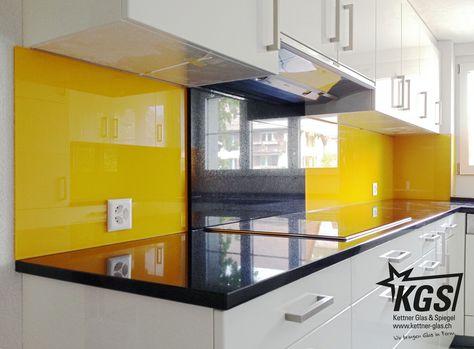 Mehrteilige, sonnengelbe #Glas- #Küchenrückwand von ihrer - glasrückwand küche beleuchtet