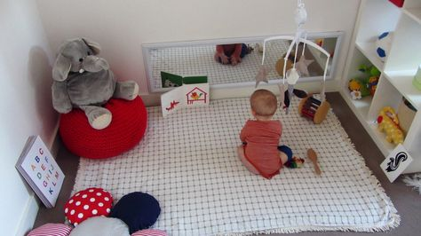 Espace de jeu en motricité libre, inspirations Montessori