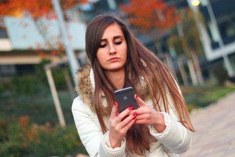 Dating-apps schreiben ein wenig über sich