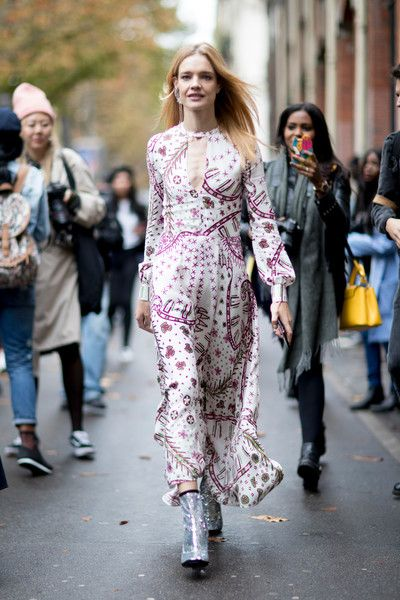 Colorful Print - The Best Outfits Worn to Paris Fashion Week - Photos
