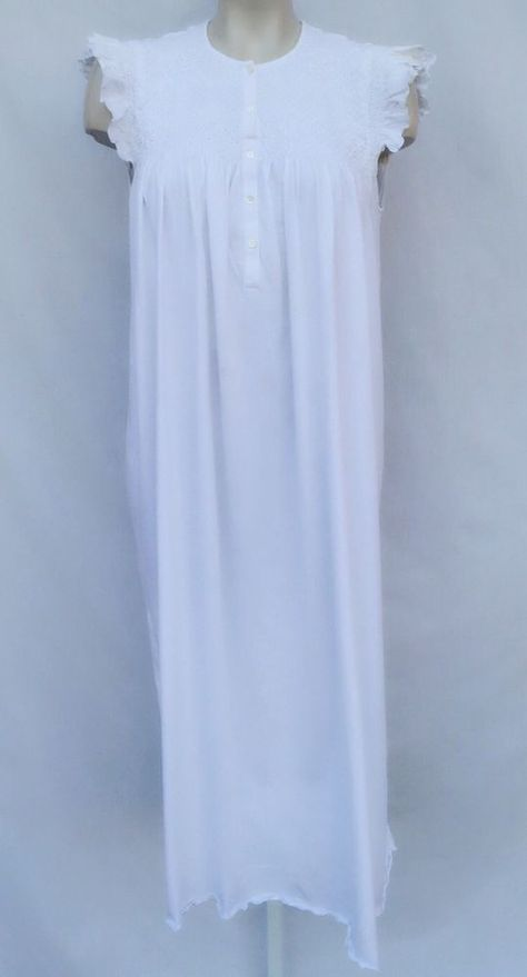 P.jamas Fine Pima Cotton Hand Embroidered Smocked Ruffle Cap Gown Peru M   181  Pjamas  Gowns 7b4e4f72e