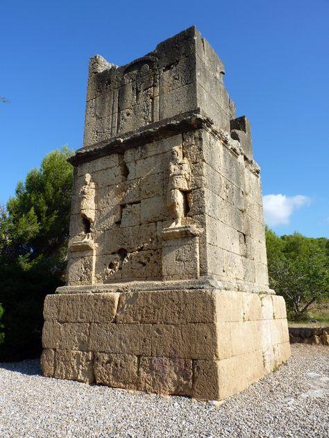 Torre de los Escipiones / Torre dels Escipions.   Monumento funerario romano del…