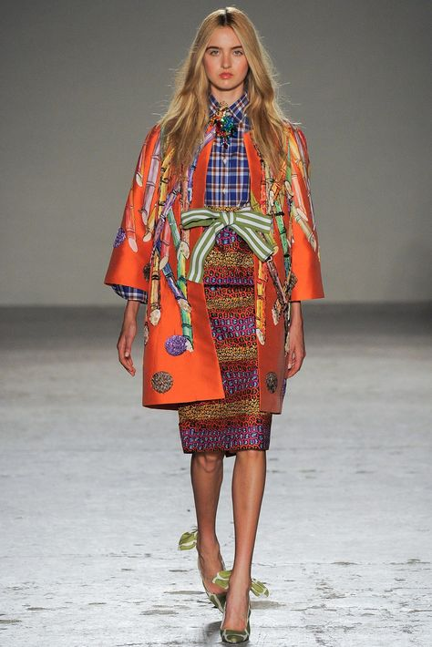 Stella Jean Spring 2015 Ready-to-Wear collection, runway looks, beauty, models, and reviews.