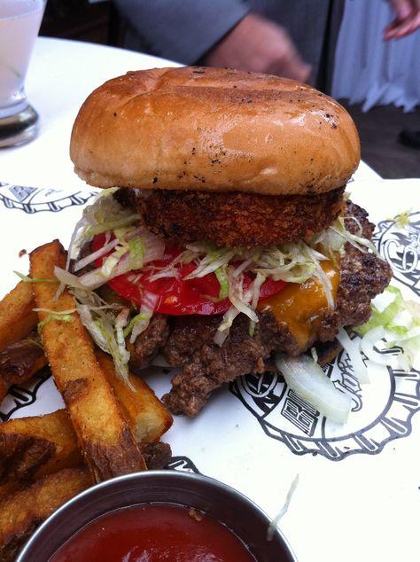 Guy Fieri Burger in New York