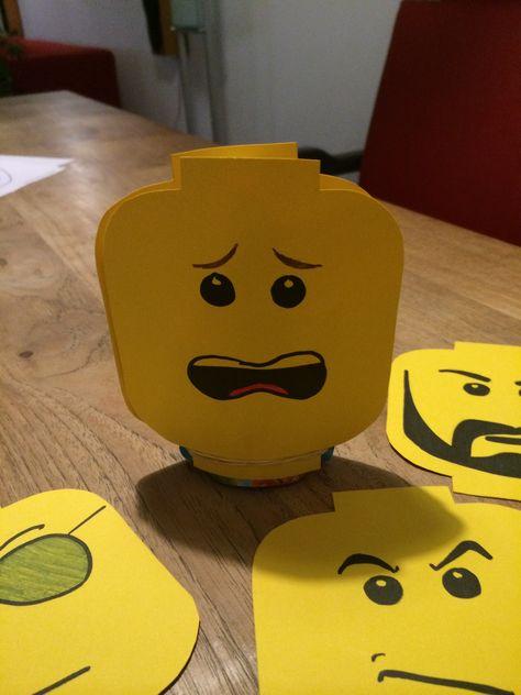 Playmobil gezichtjes. Gezicht uitdrukkingen. Met er tussen