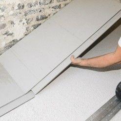 Rattraper Une Difference De Niveau Avec Une Chape Seche Poser Du Carrelage Deco Chambre Sous Comble Plancher Chauffant Electrique