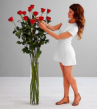 The Ultimate Rose Bouquet 12 Stems 3 Foot Roses Vase Included Rose Bouquet Bouquet Rose Vase