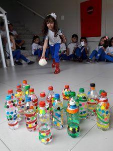 Boliche De Garrafa Brincadeiras Para Criancas De 2 Anos Com
