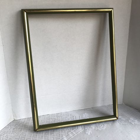 Vintage Green And Gold Wooden Picture Frame 12 X 16 Inch Wood Frame Made In Mexico Wooden Picture Wooden Picture Frames Picture Frames