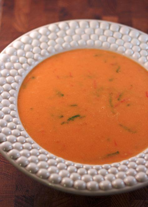 tomatsoppa av färska tomater