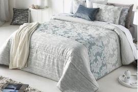 Narzuta Antilo Ainara Grey Na Lozko Pozwalaja Nie Tylko Chronic Je Przed Kurzem I Roztoczami Ale Stanowia Takze Fantastyczny Element Home Decor Bed Furniture