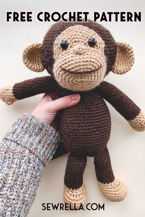 Crochet this easy happy monkey amigurumi with my video tutorial and free pattern! Making toys for kids and holiday gifts is so much fun, and this curious george inspried monkey is sure to bring smiles. #freepattern #crochetmonkey