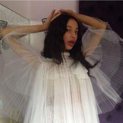 "girlhoney:  "" Sahara lin being an angel  """