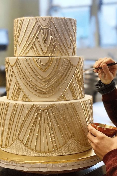 Nov 18, 2019 - We gather top bridal trends to help or brides-to-be curate their Big Day. Wedding hairstyles, engagement rings, wedding dresses, and more! Unique Wedding Cakes, Wedding Cake Designs, Unique Weddings, Cake Wedding, Indian Weddings, Pretty Cakes, Beautiful Cakes, Our Wedding, Dream Wedding
