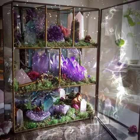 from WildWitchCrystals on Etsy Available NOW! Featuring: Amethyst Rose Quartz Violet Aura Quartz Labradorite Crystal Quartz FluoriteAvailable NOW! Crystal Room, Crystal Altar, Crystal Garden, Crystal Healing Stones, Crystal Decor, Crystal Terrarium Diy, Crystal Grid, Autel Wiccan, Wiccan Decor