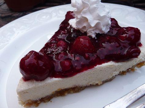 Very Berry No Bake Vegan Cheesecake (Gluten Free)