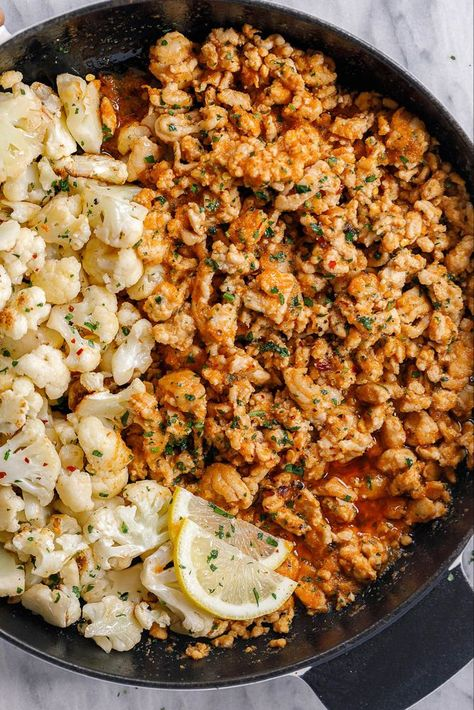Garlic Butter Turkey with Cauliflower - #turkey #cauliflower #eatwell101 #recipe - A rich and indulgent bowl of comfort with a healthy twist! - #recipe by #eatwell101 #ground chicken recipes Garlic Butter Ground Turkey with Cauliflower Skillet