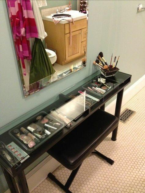 52 Idees De Rangement Make Up En Photos Et Videos Meuble Rangement Maquillage Rangement Makeup Meuble Rangement