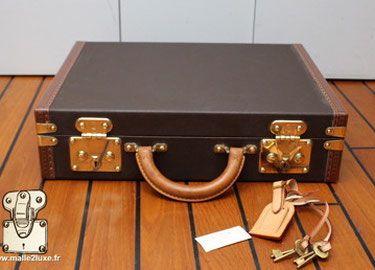 Boutique Acheter Bagage Occasion Trunk Prix Shop Malle Louis Vuitton Avec Images Malle Malle De Voyage