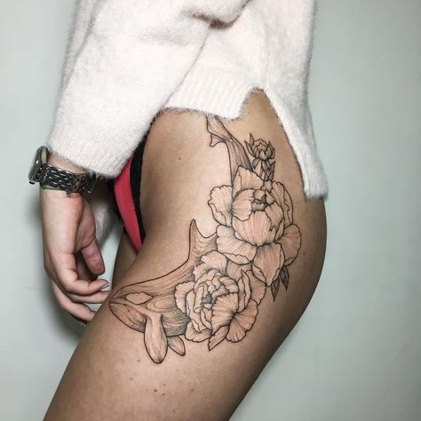 Peony and whale blackwork flower tattoo. Blackwork flower tattoos are mysterious, dark and sexy.We have found the most stunning ones recently made and you are going to love them!