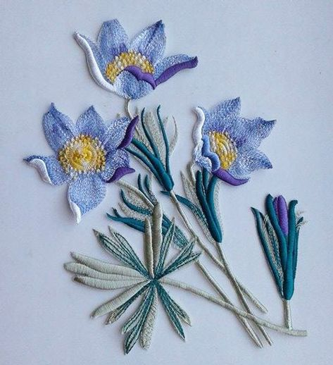 Moks28(p) pasque-flower Embroidery Patches