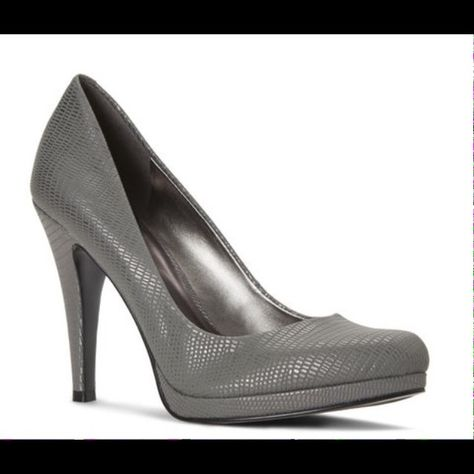 Nine West Rocha Pump Color  Silver Material  synthetic Heel  4in Nine West  Shoes Heels fa5097fc3