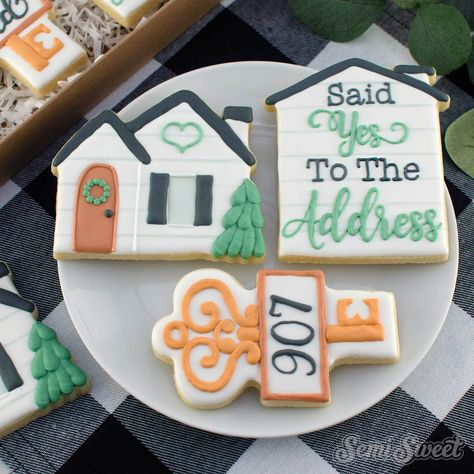 """This wide house plaque cookie cutter is a house silhouette with enough space for phrases like """"Home Sweet Home"""", or """"Said Yes to the Address"""" as shown. Owl Cookies, Cupcake Cookies, Sugar Cookies, Crazy Cookies, Cupcakes, Biscuits, Cookie House, Cookie Company, Cookie Designs"""