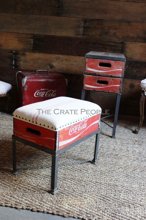 Coca-Cola Wood Crate Footstool with Upholstered Antique Grain Sack Linen Refurbished Furniture, Repurposed Furniture, Furniture Makeover, Painted Furniture, Furniture Projects, Furniture Making, Wood Projects, Diy Furniture, Reupholster Furniture