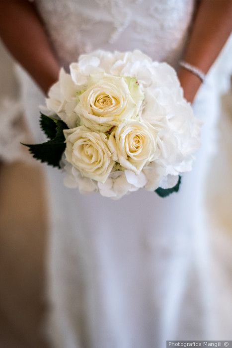Bouquet Sposa Tradizione.30 Bouquet Monocolore Quali Di Questi Rispecchia La Vostra