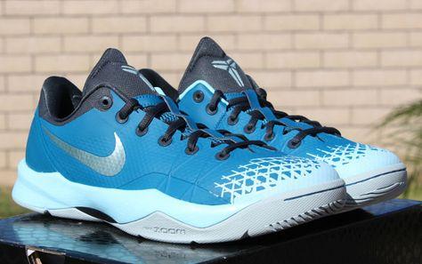 """best loved 2ce42 a23c4 Nike Zoom Kobe Venomenon 4 """"Glacier Ice"""""""
