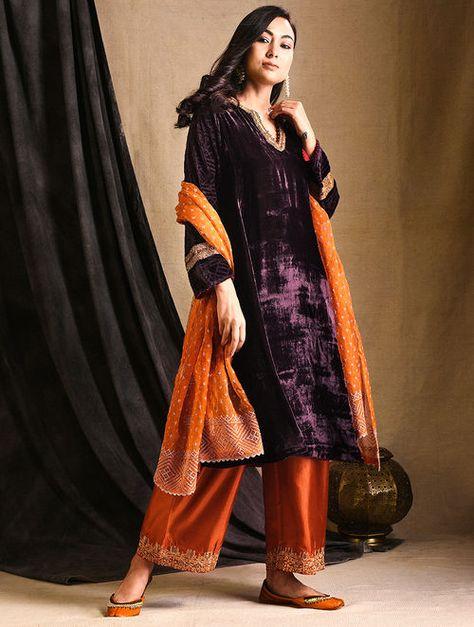 Maroon Embroidered Silk-Velvet Kurta
