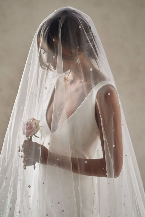Picking The Perfect Veil For Your Wedding Dress - Modern Wedding