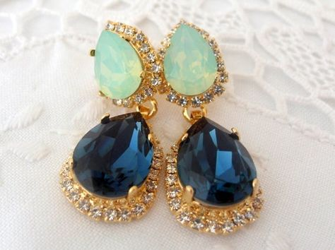 #weddings #jewelry #earrings #bridesmaidgift #bridalearrings #swarovskiearrings #chandelierearrings #statementearrings #dangleearrings #swarovskirhinestone #weddingjewelry #navyblueearrings #bluemintearrings #navybluemint #navybluewedding