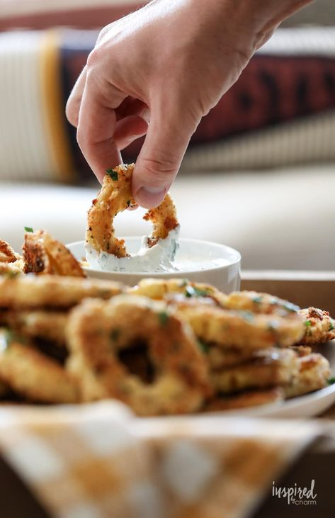 These Baked Delicata Rings with Creamy Herb Dip are delicious and unique fall appetizer recipe. #crispy #baked #delicata #rings #fall #appetizer #recipe