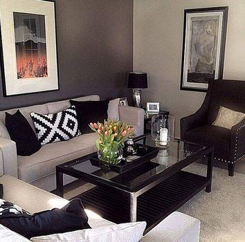 Generalmente Una Sala Pequeña Necesita Un Sofá De Dos Cuerpos Y Frente A Ella Decoracion De Interiores Salas Decoracion De Interiores Colores Para Sala Comedor