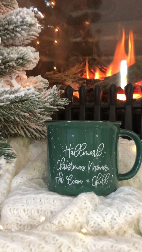 Hallmark Christmas Movies, Hot Cocoa, and Chill Campfire Mug – Pretty Collected Yess! It's Hallmark movies time with endless cups … Christmas Drinks, Christmas Mood, Christmas Balls, Christmas And New Year, Merry Christmas, All Things Christmas, Cabin Christmas, Christmas Coffee, Christmas Storage