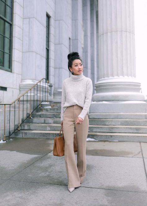 workwear ideas for winter // office outfits for women petite tan trousers // Extra Petite fashion bl Casual Work Outfits, Work Casual, Cute Outfits, Work Outfits Women Winter Office Style, Stylish Outfits, Office Outfits Women Casual, Classy Fall Outfits, Casual Dresses, Casual Fall